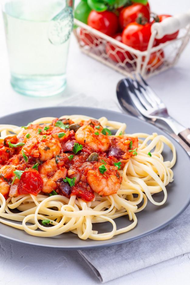 linguine with shrimps